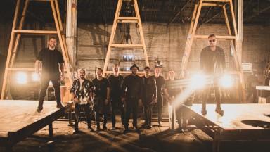 Comemorando 20 anos, Inimigos da HP lançam música com Sorriso Maroto