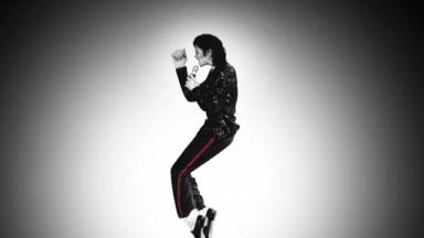 Ex-empregadas de Michael Jackson dizem que ele urinava no chão e arremessava fezes de animais
