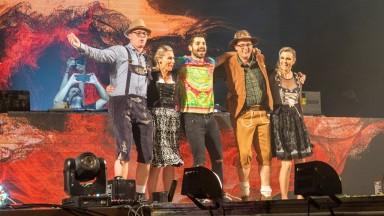 Alok surpreende o público e faz doação durante Oktoberfest de Igrejinha
