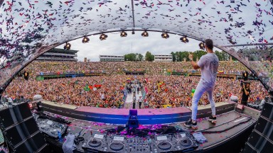 Alok confirma gravidez de sua esposa durante o Tomorrowland Bélgica