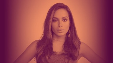 Anitta lança álbum trilíngue