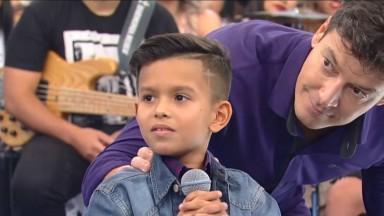 Rodrigo Faro destrona Xuxa e se torna o rei dos baixinhos na RecordTV